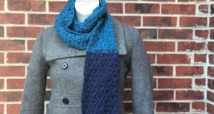 The Peaks Scarf creates a patterns of mountain peaks from a modified front post treble stitches.